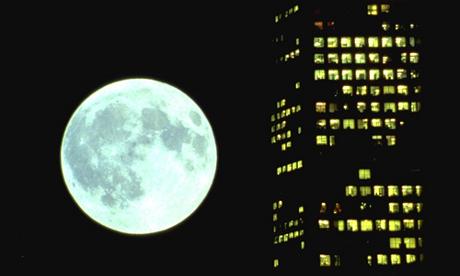 Koyaanisqatsi Moon